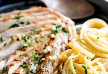 Garlic-Butter-Pasta-with-Garlic-Chicken3